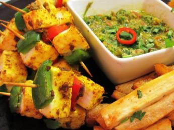 Paneer and Karava Corriander & tomato dip